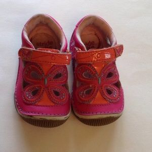 Stride Rite toddler girls leather shoes size 4